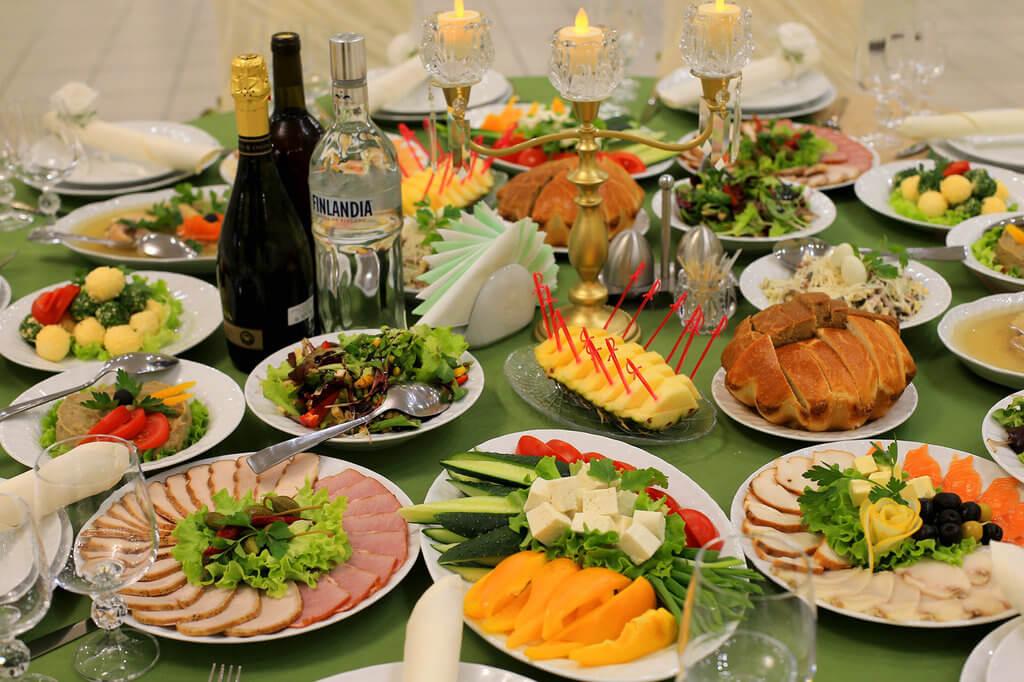 Фото праздничных столов на день рождения дома